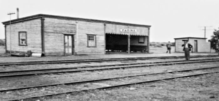 farina-station-1958