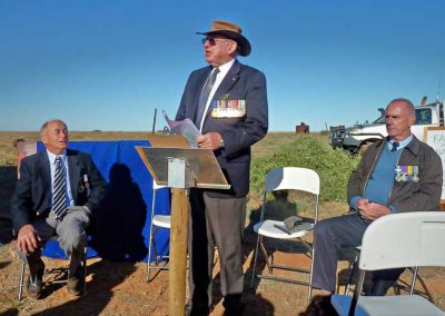 Peter Thomas addressing Farina group Anzac morning 2012